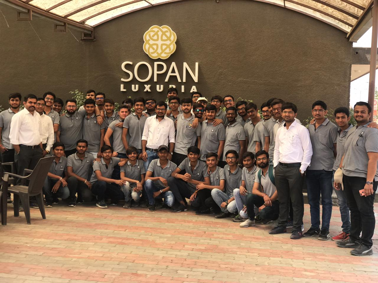 """Final year students of diploma civil are visited at residential building  """"SOPAN LUXURIA"""" Rajkot."""